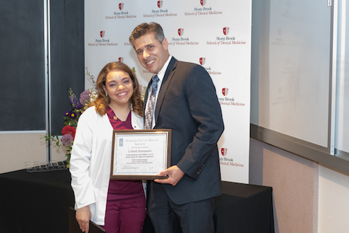 Lisbeth Hernandez Receives Suffolk County Dental Society Award