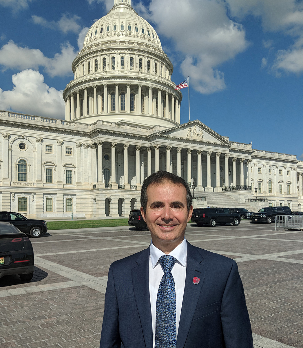 Dr. Dan Colosi of Stony Brook School of Dental Medicine advocates for funding for dental research on Capitol Hill.